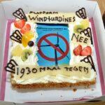 De Weger neemt petitie tegen windturbines in ontvangst